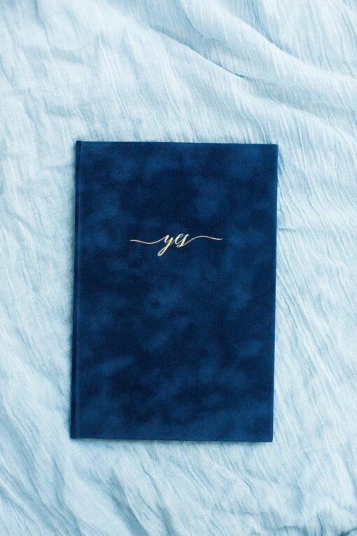 Sapphire Flocked Velvet Vow Book