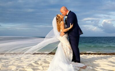 Playa Mujeres Destination Wedding