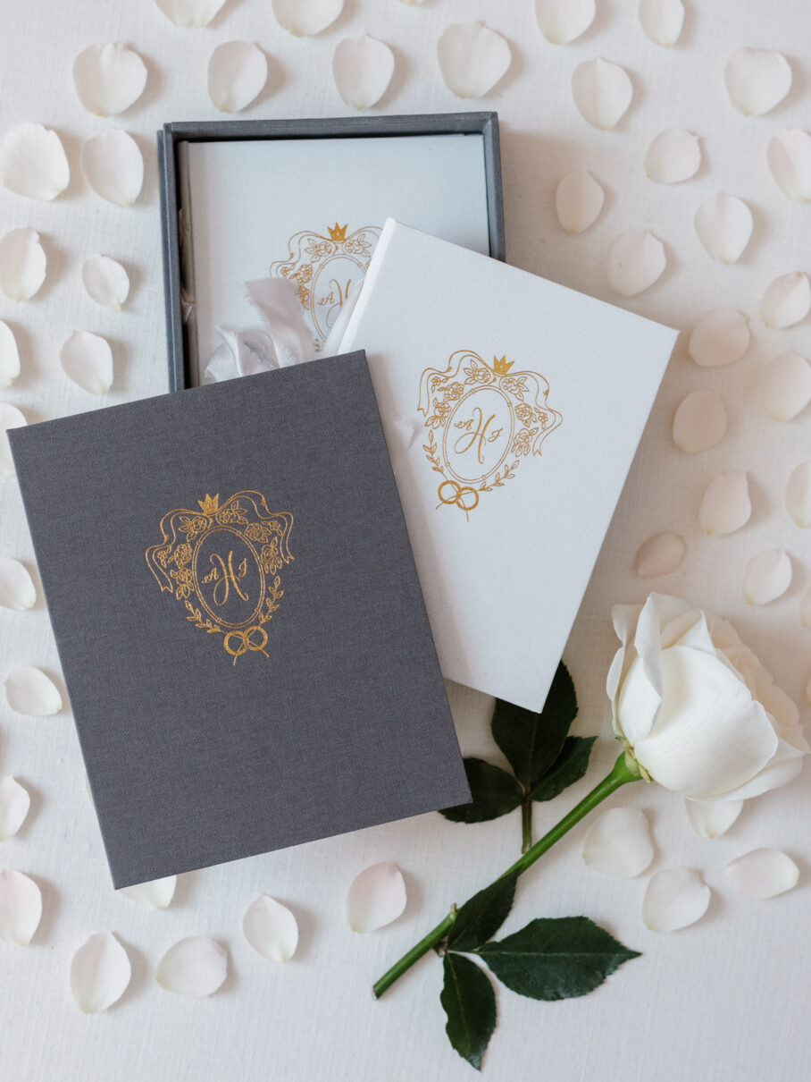 Wedding Story Writer Custom Vow Book in white Gray Linen